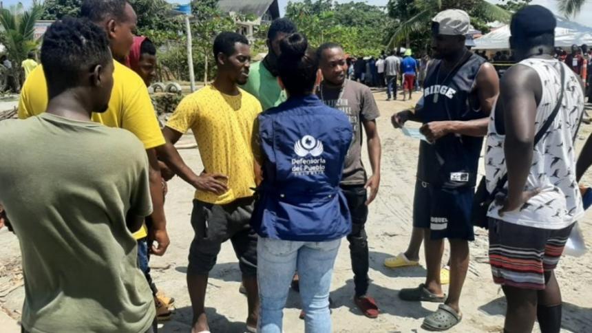 Hallan una osamenta y 9 cuerpos de supuestos migrantes en Panamá