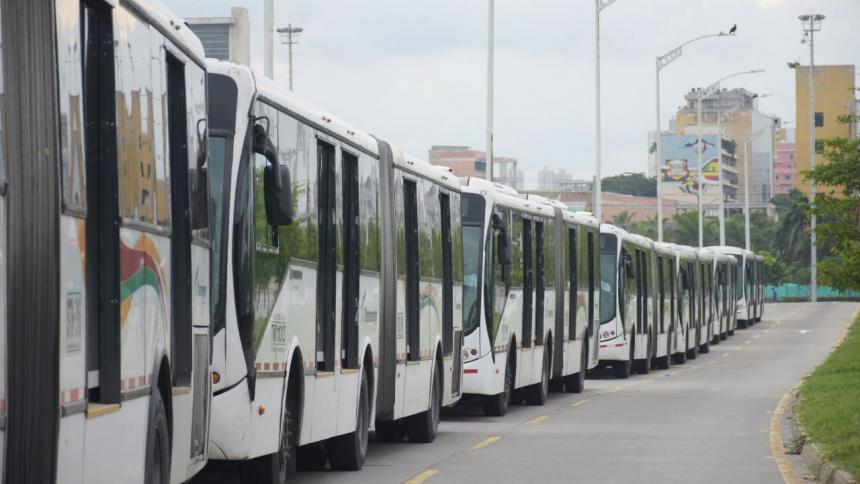 Transmetro suspende nuevamente servicios por protestas este sábado