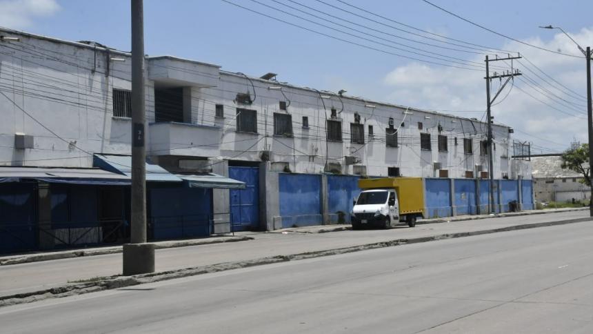 Autoridades allanan Cárcel Modelo de Barranquilla