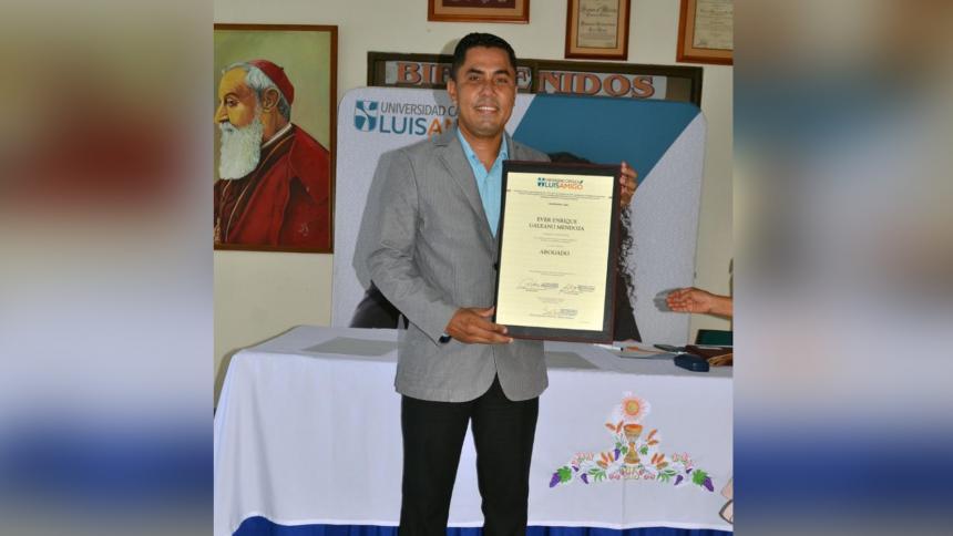 Muere vigilante que se había graduado de derecho en Montería
