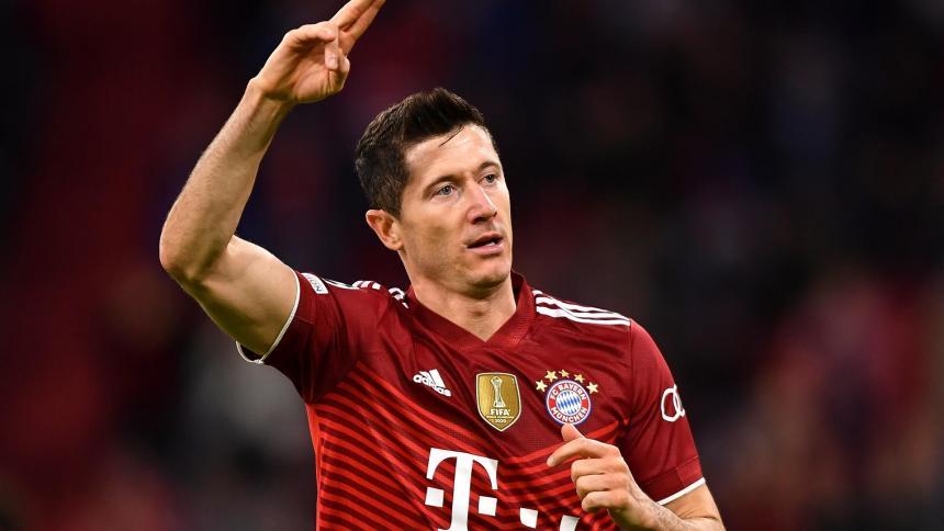Lewandowski abre el camino para una goleada del Bayern