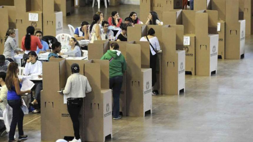 Medios firman pacto por la paridad durante el cubrimiento de elecciones