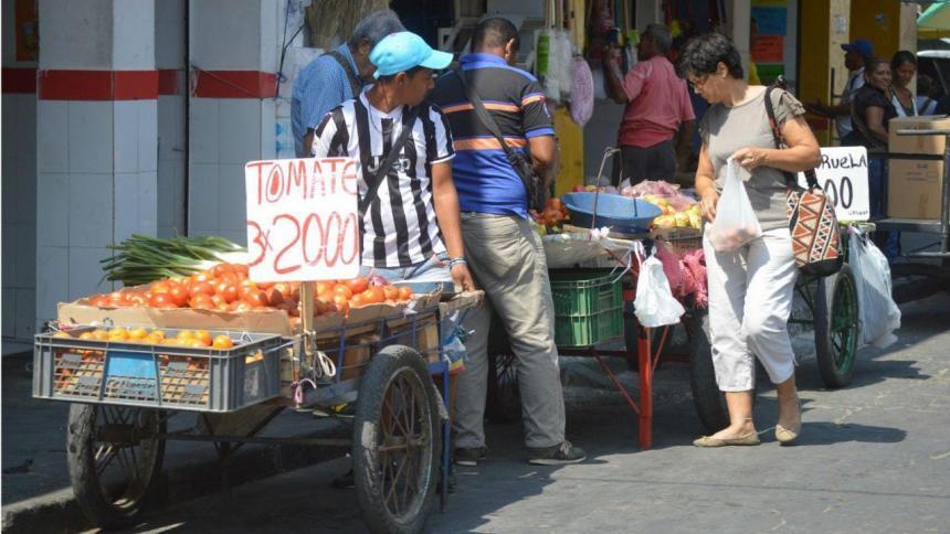 De cada 100 personas que trabajan en Santa Marta, 62 están en la informalidad