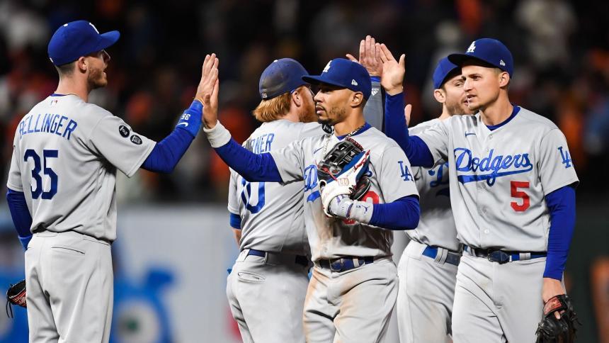 Dodgers 9, Gigantes 2: serie empatada