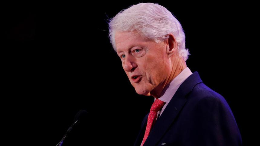 Expresidente de EE. UU. Bill Clinton, hospitalizado por una infección