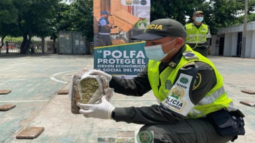 Incautan 42 'narcopanelas' en la vía Valledupar - Bosconia