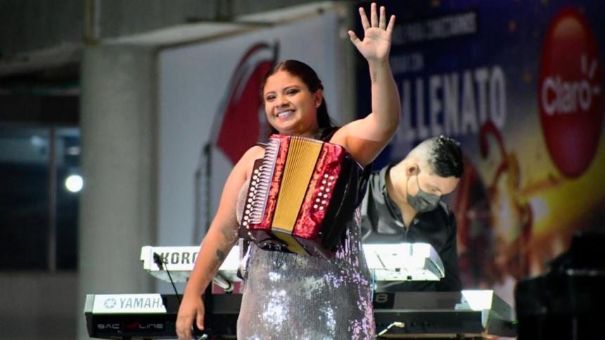 La Vallenata Nataly Patiño es la nueva Reina del acordeón