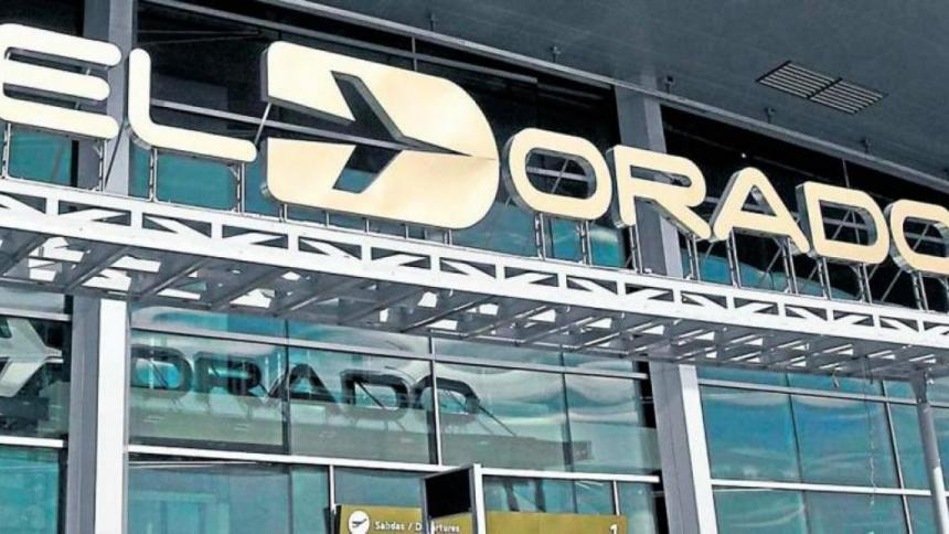 Aeropuerto El Dorado presenta reducción de operatividad por densa niebla
