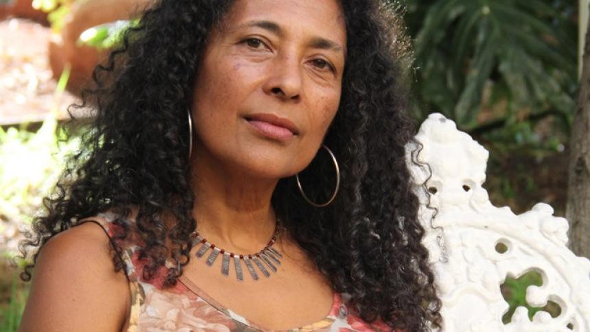 Ángela García alzó el premio Casa de América de Poesía Americana