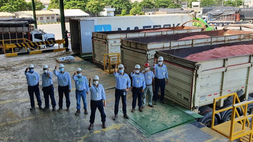 Monómeros recibe primer lote de materias primas en alianza con grupo Daabon