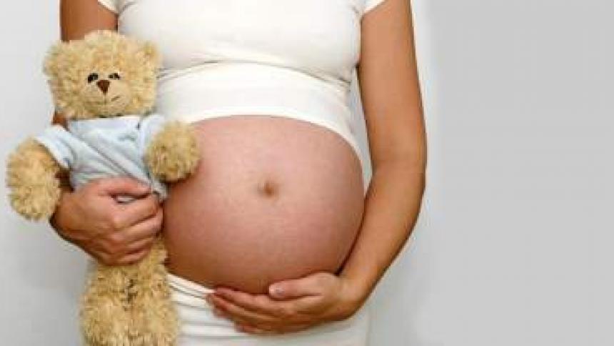 Embarazo en adolescentes   La columna de Remberto Burgos