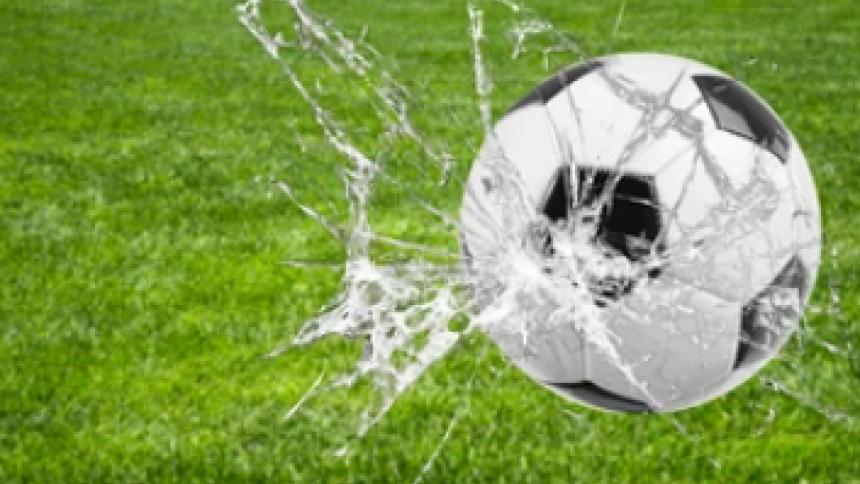 Las responsabilidades del fútbol  columna de Manuel Moreno