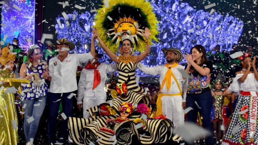 Noche de coronación de la Reina del Carnaval del Atlántico
