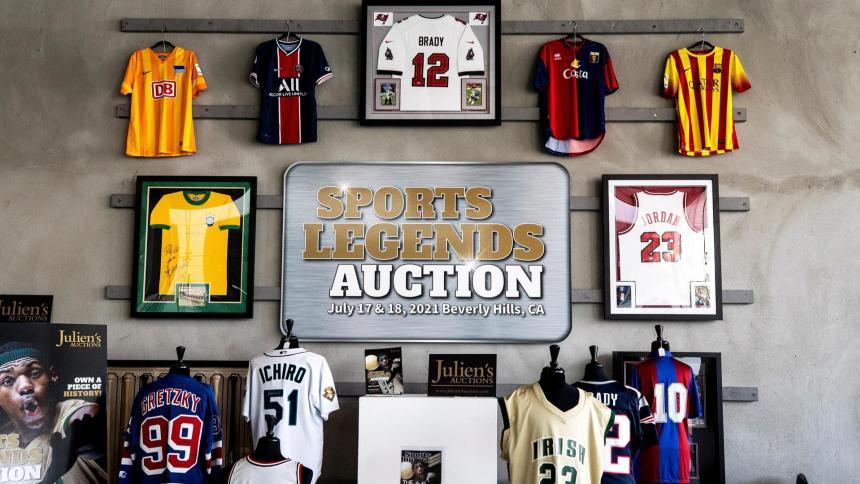Subasta de leyendas deportivas en Beverly Hills