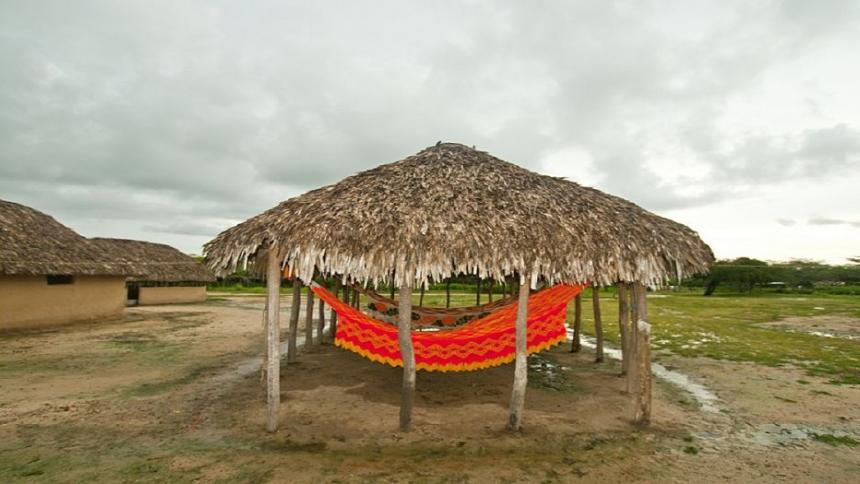 Represa del ranchería  columna de Hernán Baquero Bracho