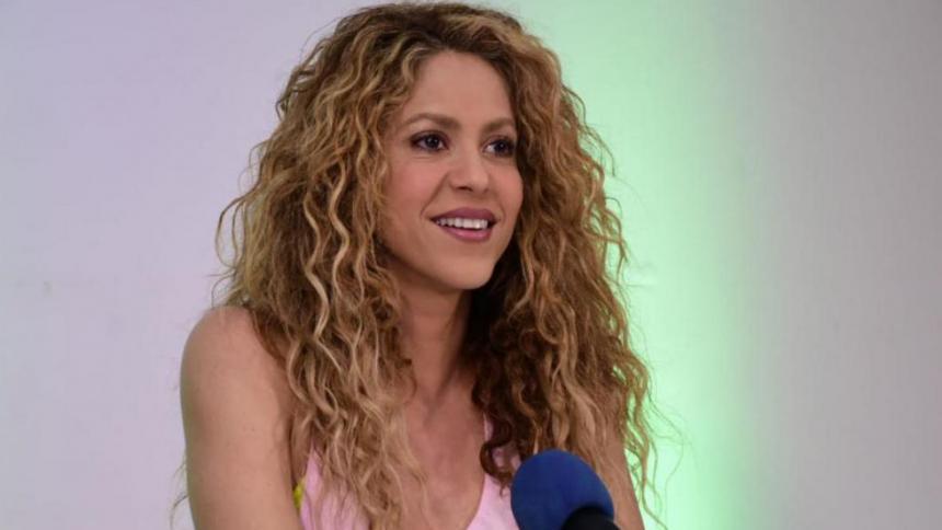 26 años de 'Pies Descalzos': El disco que definió y salvó la carrera de Shakira
