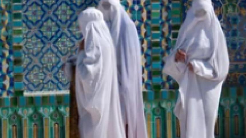 Los talibanes en la mira mundial| columna de Oriana Álvarez Vos