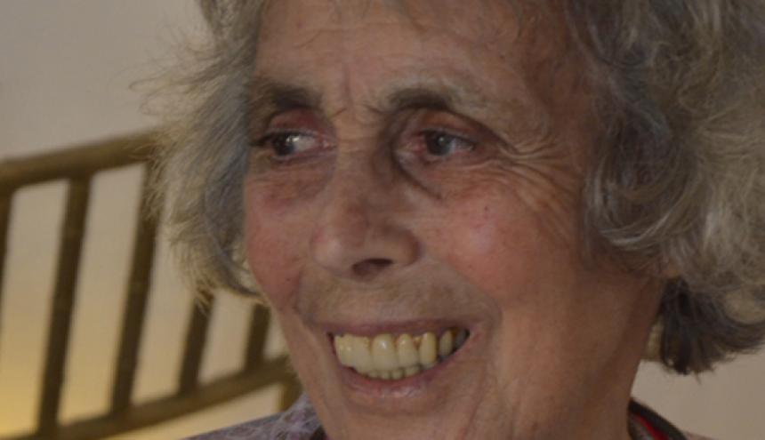 Ravel Guest, presidenta de la junta directiva del Hay Festiva. Tiene 82 años.