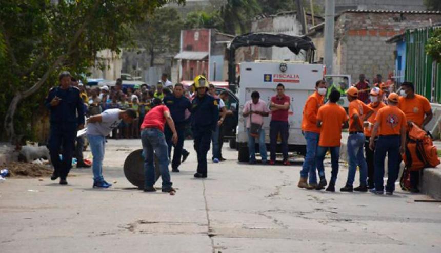 Integrantes del CTI extrajeron en marzo de 2016  los restos de un descuartizado en una alcantarilla de San Roque.