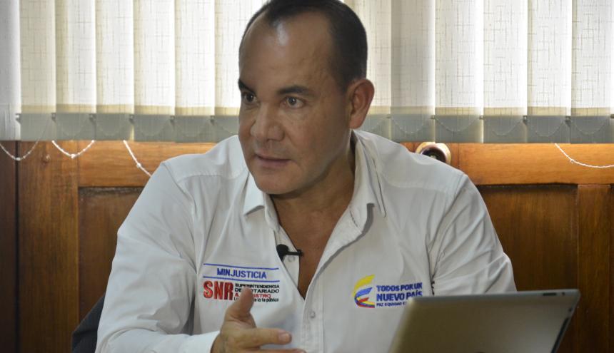 Marcos Parra, de Vigilancia de Curadurías.