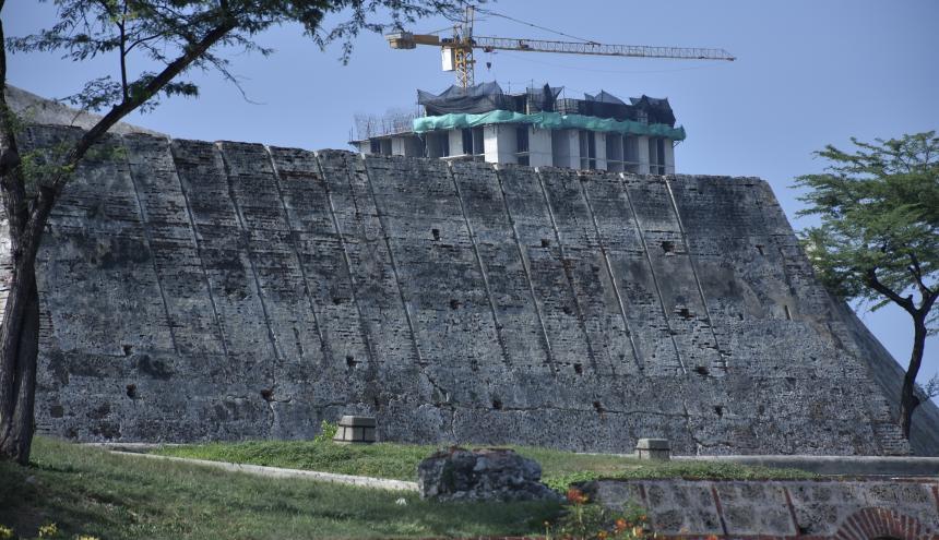 Proyecto urbanístico Aquarela Multifamiliar que se construye cerca al Castillo de San Felipe.