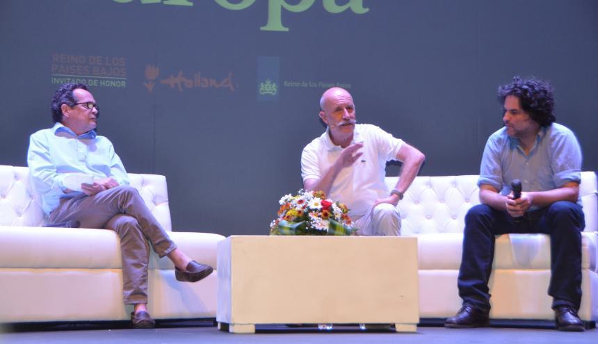 Marco Schwartz, director de EL HERALDO, con los periodistas españoles Rafael Manzano y Pere Rusiñol.