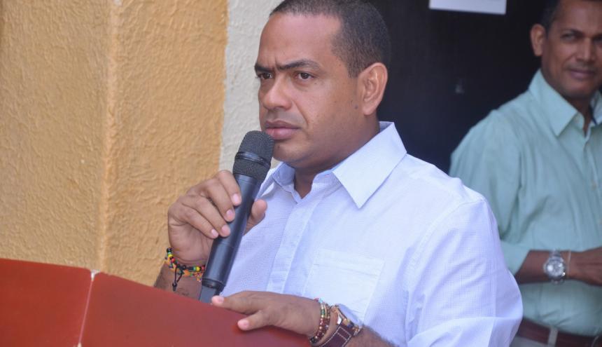 Fabio Velásquez.