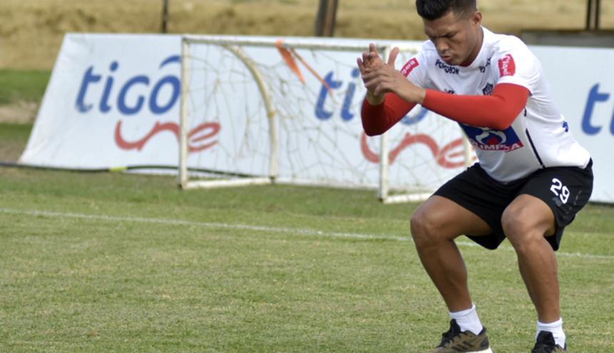 El delantero barranquillero Teófilo Gutiérrez será el principal referente en ataque del Junior, cuando se midan hoy a Nacional, en el estadio Metropolitano.