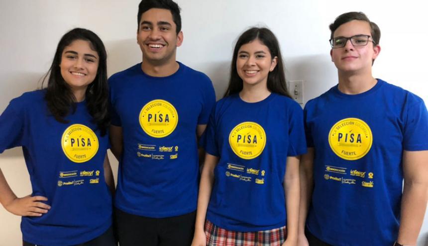 Estudiantes del colegio Sagrado Corazón de Puerto Colombia.