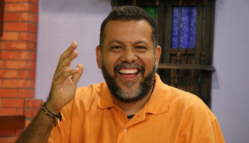 El padre samario Alberto Linero.