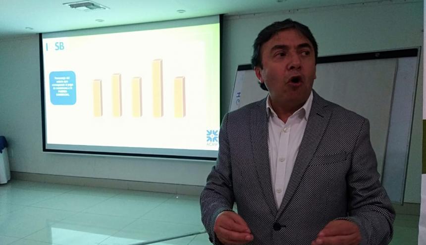 Lorenzo Ruiz, director de la Investigación Nacional de Salarios y beneficios de Acrip.
