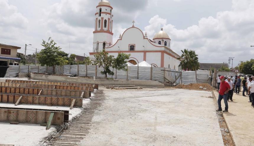Obras en Plaza de Santo Tomás.