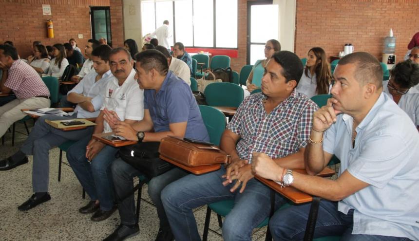 Sólo 7 de los 25 municipios asisitieron a la reunión.