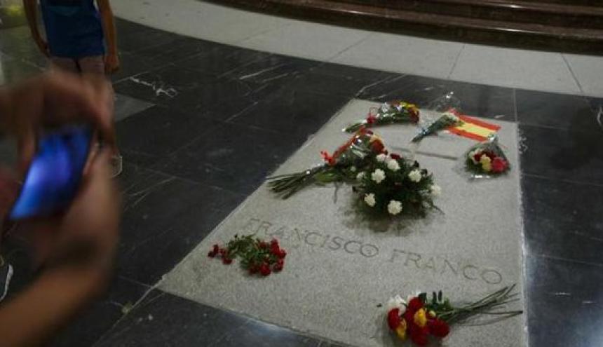 Vista de la tumba del dictador Francisco Franco.