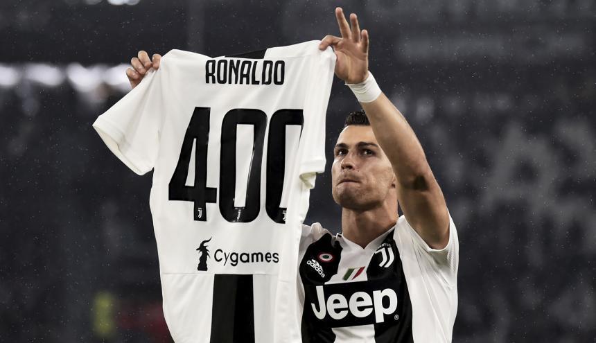 Cristiano Ronaldo llegó a 400 goles en torneos europeos.