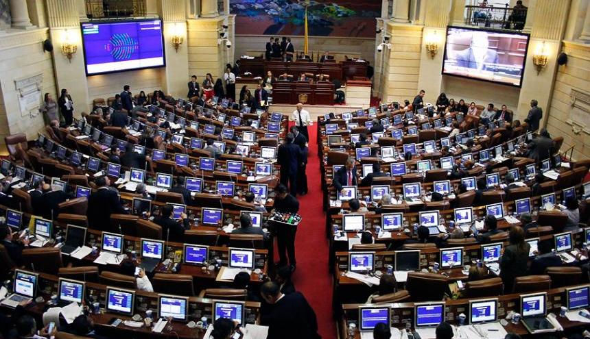 Las sesiones en el Congreso de la República irán hasta el 16 de diciembre, pero el Gobierno contempla convocar a extraordinarias para evacuar toda la agenda.