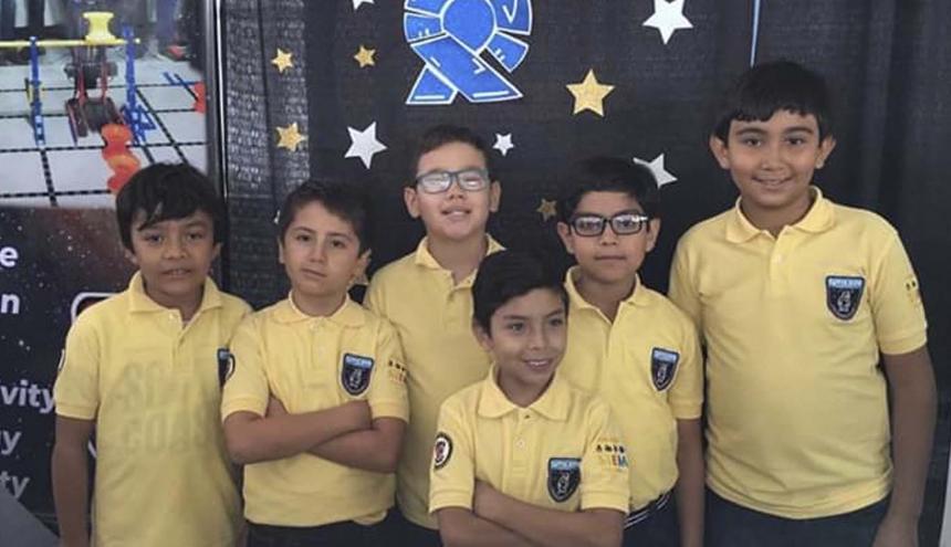 Integrantes del equipo Spacen, del San José.