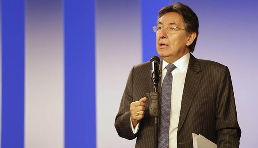 Fiscal Néstor Humberto Martínez.