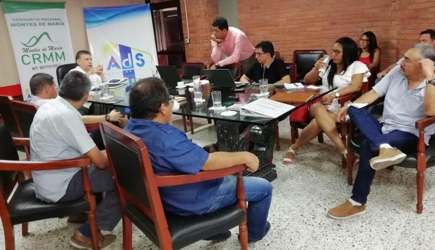 La reunión del Contrato Paz se cumplió  ayer en la Sala de Juntas de la Gobernaxción de Sucre.