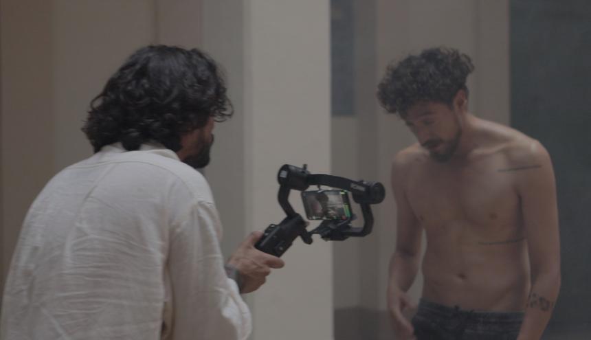 El director Alejandro Ranchez en el rodaje de su corto 'La luz que nos mueve'.