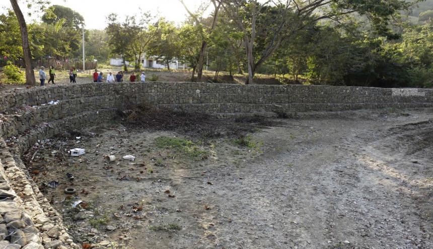 Muro construido en el corregimiento de Hibácharo.