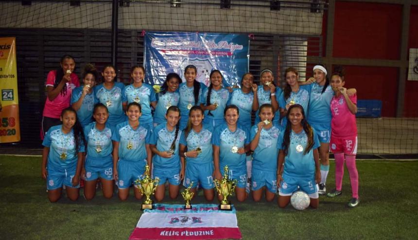 Club femenino Kelis Peduzine, campeón de Asefal.