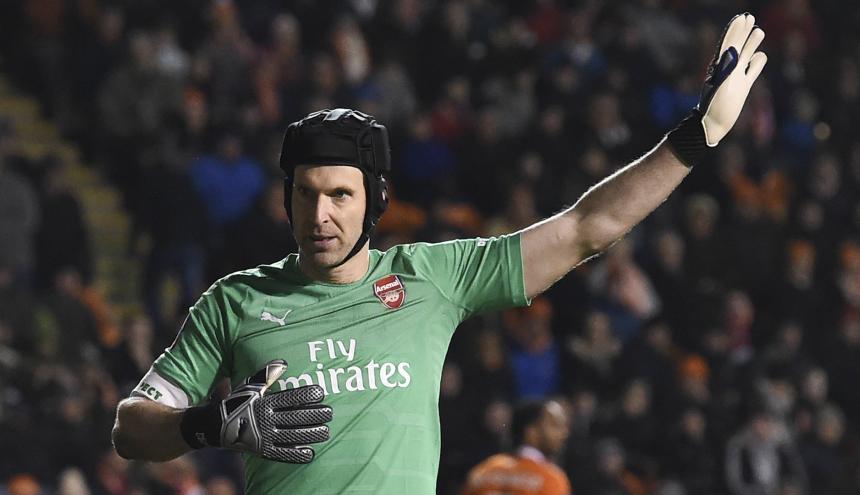 Peter Cech anunció su retiro.