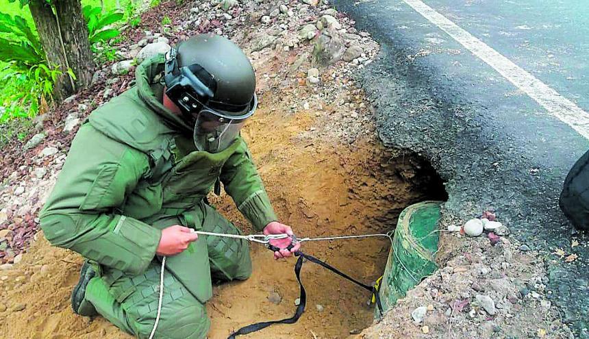 El artefacto fue encontrado a un costado de la Vía que comunica el municipio de Cubará, en Boyacá, con el de Saravena, en Arauca.