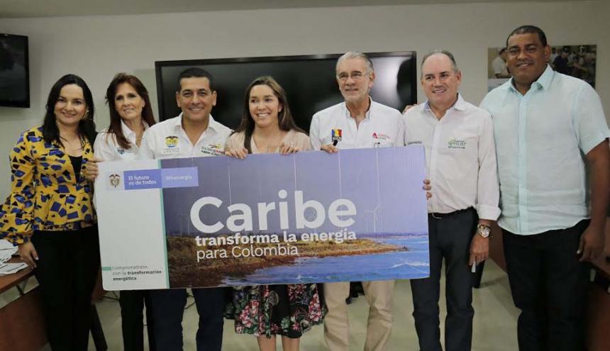 Gobernadores de la región junto a la ministra de Minas y Energía, después del encuentro en Valledupar.