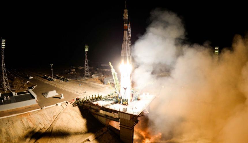 Momentos del lanzamiento en Baikonur, Kazajistán.