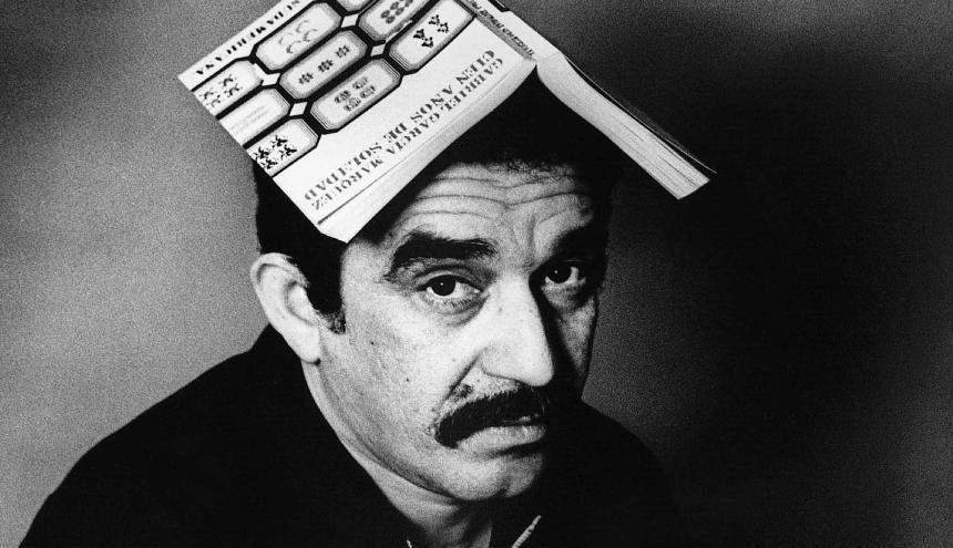 Esta foto de Gabo fue tomada por Isabel Steva Hernández conocida artísticamente como Colita.