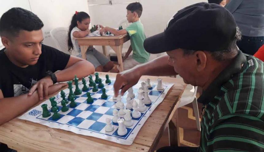 Participarán ajedrecistas entre los 10 y 18 años.