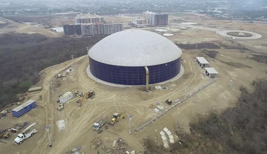 Foto aérea del megatanque de Siete de Abril.