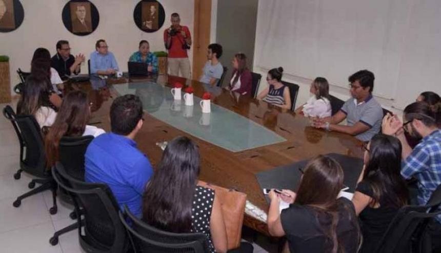 Imagen de las clases brindadas en las instalaciones de esta casa editorial.